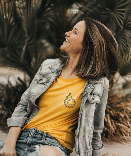 Save the freaking Bees T-Shirt für Frauen