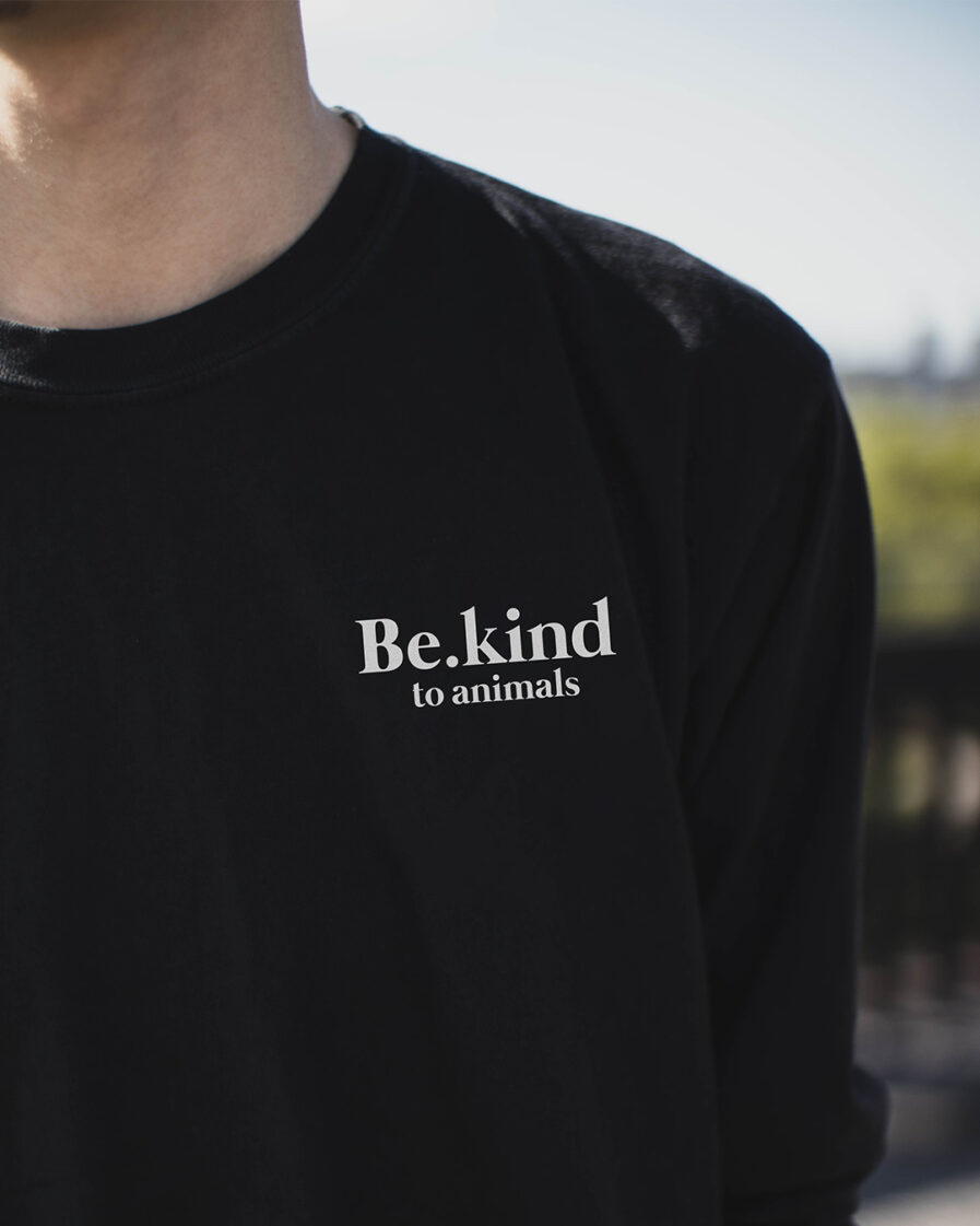 Be.kind to animals Club Organic Sweatshirt