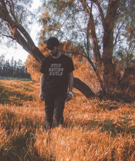 stop_eating_souls_organic_shirt_schwarz