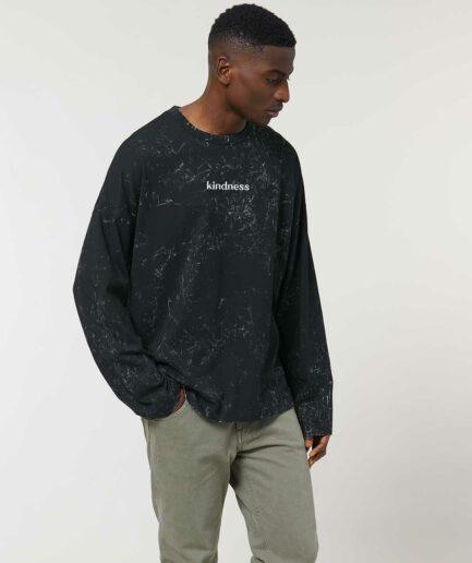 kindness-organic-oversized-longsleeve-sweatshirt-dyed-black-front